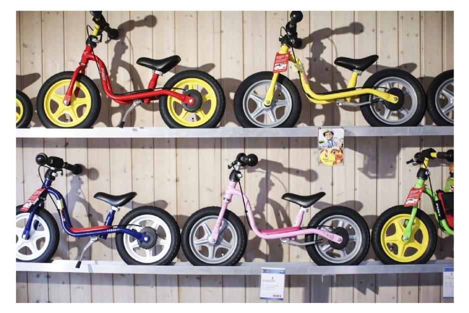 Kinderfahrzeuge/Räder
