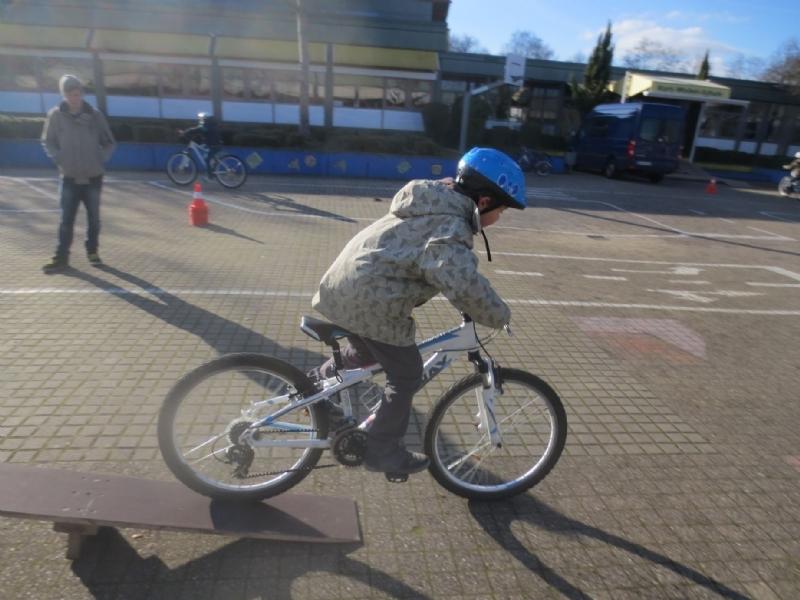 Fahrrad AG Kurt-Waibel -, Nordstadt - und Zehyer - Schule