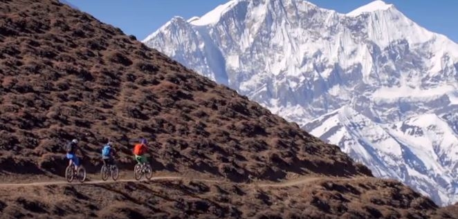 VAUDE - Mountain Biking in Nepal